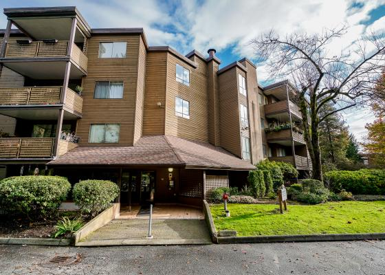 302 - 10680 151a Street, Guildford, North Surrey 2
