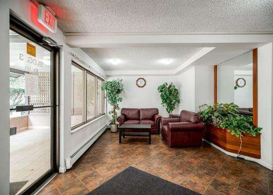 302 - 10680 151a Street, Guildford, North Surrey 3
